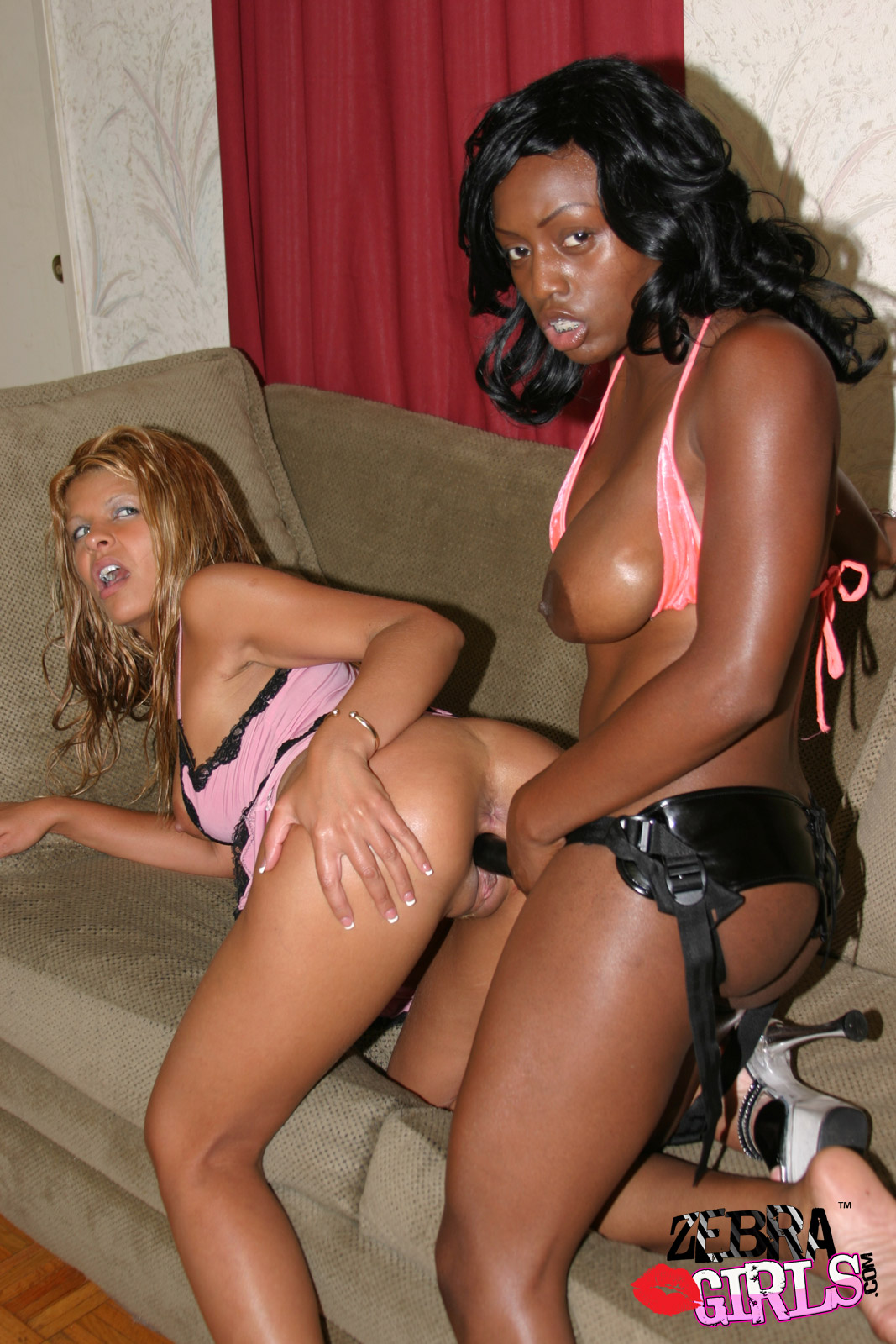 Jada fire talks about lesbian sex