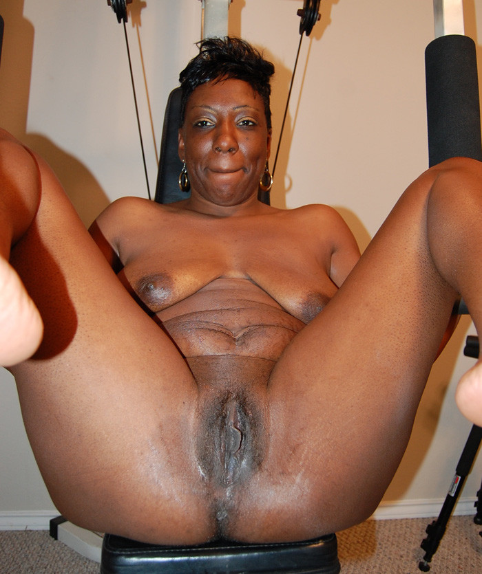 Babes nude african