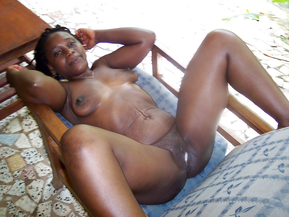 Sexy live black women web cams