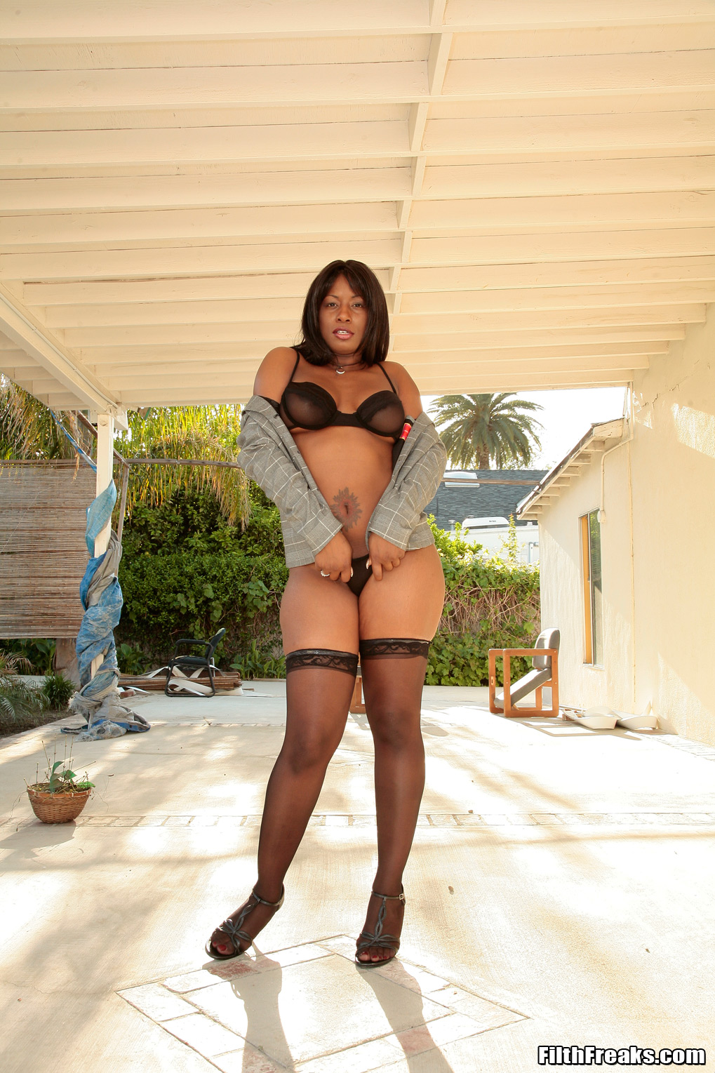 Adina jewel black pussy