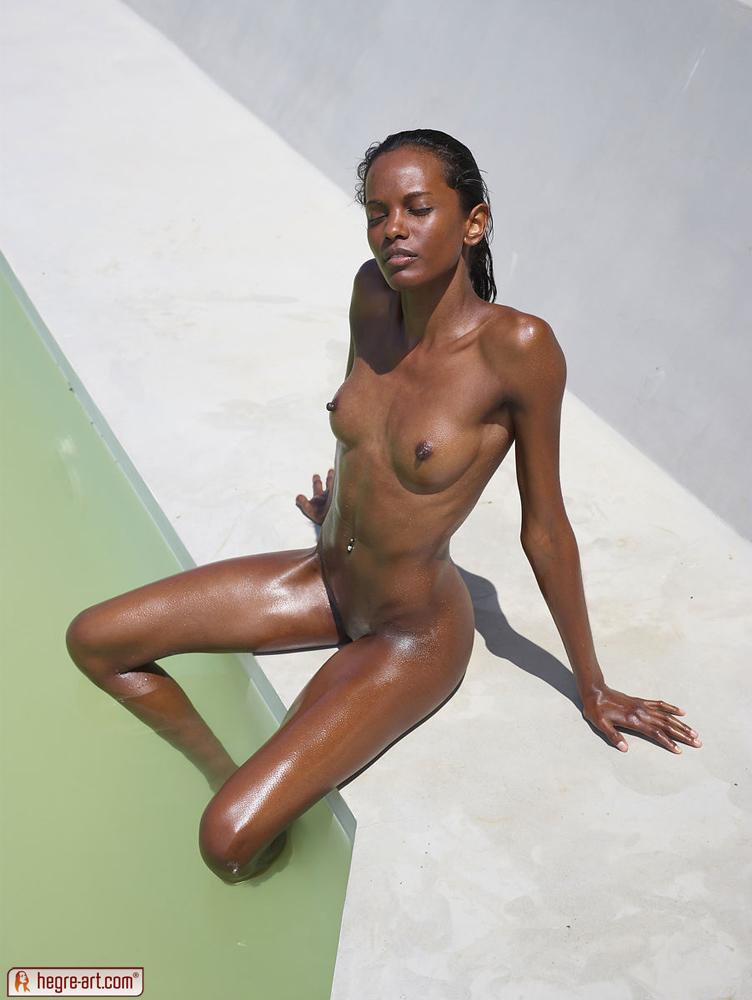 Amanda detmer hot nude